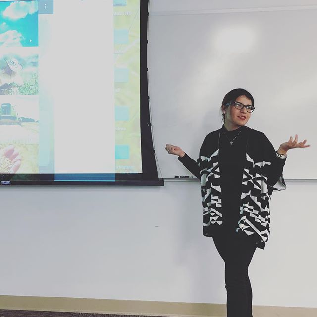 @andrea_mateus spent weeks in her native Colombia studying communication challenges for rice  farmers. ️ design research. #xdmfa @miamiuniversity